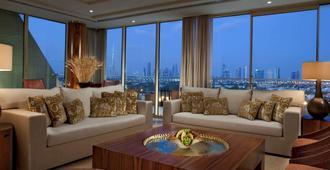 Raffles Dubai - Dubai - Living room