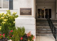 Candlewood Suites Mobile-Downtown - Mobile - Toà nhà