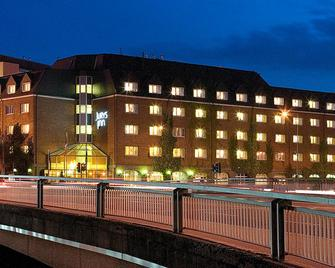 Jurys Inn Cork - Cork - Building