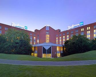 Radisson Blu Hotel, Karlsruhe - Ettlingen - Building