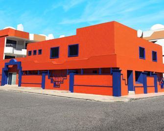 Hotel Mediterraneo - Rosarito - Building