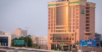 Holiday Inn Jeddah Gateway - ג'דה