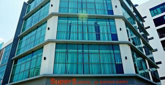 Super 8 Bayan Baru - Penang