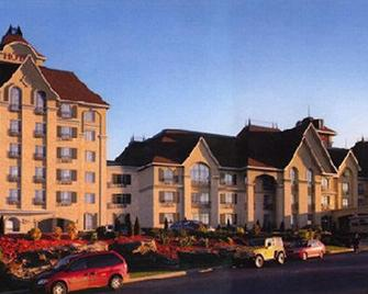 Le St-Martin Hotel & Suites Laval - Laval - Budova