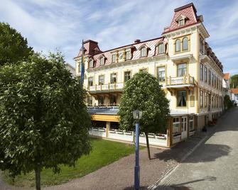 Grand Hotel Marstrand - Marstrand - Building