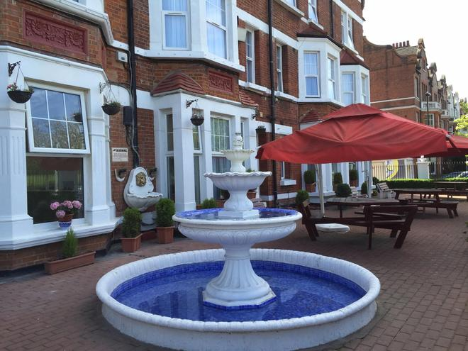 Clapham South Dudley Hotel - London - Patio
