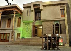 Hotel Fatima - Bukhara - Building