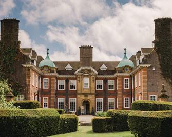 Barnett Hill - Luxury Hotel - Guildford - Edificio