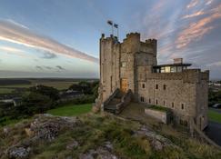 Roch Castle Hotel - Haverfordwest