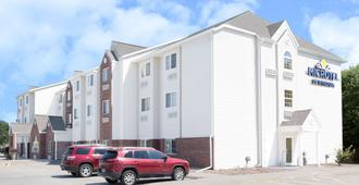 Microtel Inn & Suites by Wyndham Kearney - Kearney