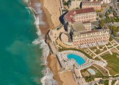 Hotel du Palais Biarritz - in the Unbound Collection by Hyatt - Biarritz - Building
