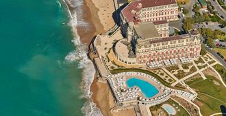 Hotel Du Palais Biarritz In The Unbound Collection By Hyatt - Biarritz - Rakennus