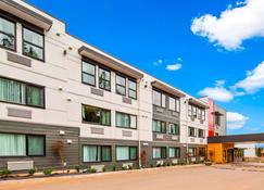Best Western Cowichan Valley Inn - Duncan Quam - Bâtiment