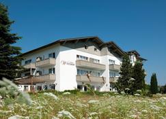 Hotel Der Wieshof - Riedlhütte - Building