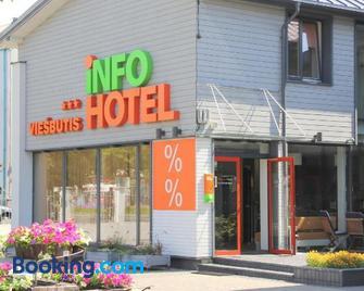 Info Hotel - Palanga - Building