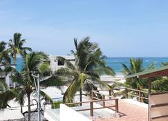 Sun Island - Puerto Villamil - Balcony