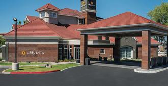 La Quinta Inn & Suites by Wyndham Phoenix Chandler - Phoenix - Building