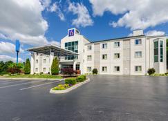 Motel 6 Bristol, VA - Bristol - Rakennus
