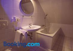 Central Hotel Bel Etage - Hamburg - Bathroom
