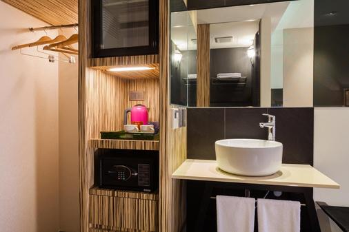 Lacle Hotel-Luzhou Taipei - Taipei - Bathroom