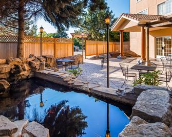 Best Western Plus Caldwell Inn & Suites - Caldwell - Басейн