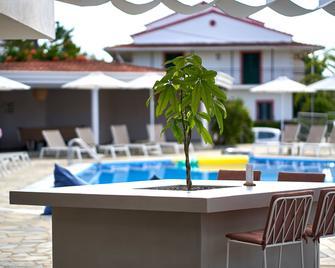 Seaside Resorts - Kavos - Pool