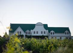 Cana Vineyard Guesthouse - Paarl - Building