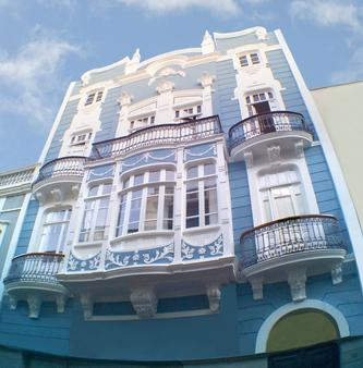 Downtown House - Hostel - Las Palmas de Gran Canaria - Building