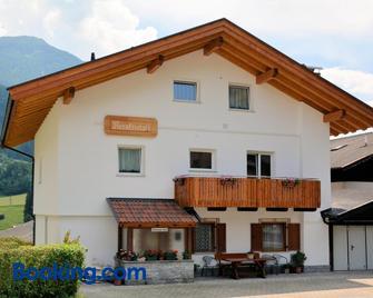 Privatpension Bergkristall - San Martino in Passiria - Gebäude