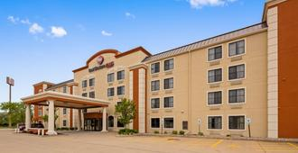 Best Western PLUS Peoria - East Peoria