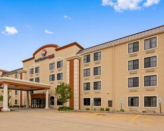 Best Western PLUS Peoria - East Peoria - Building