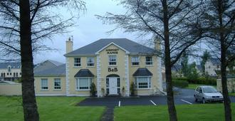 Airport Manor B&B - Shannon Town