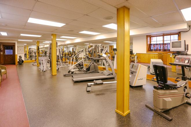 Baker Creek Mountain Resort - Lake Louise - Gimnasio