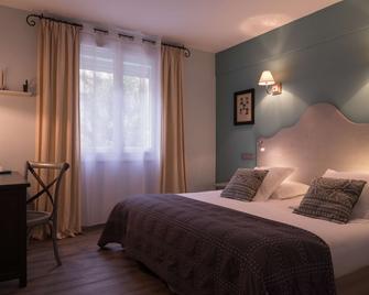 The Originals Boutique, Hôtel du Parc, Cavaillon (Inter-Hotel) - Кавайон - Спальня