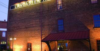 Lancaster Arts Hotel - לנקסטר