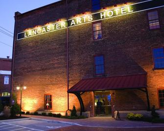 Lancaster Arts Hotel - Lancaster - Building