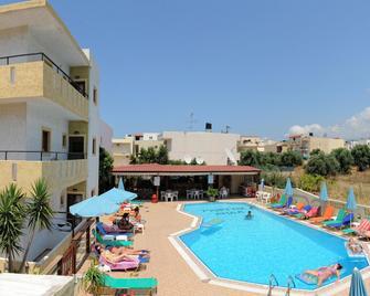Stelios Residence Apartments - Mália - Pool