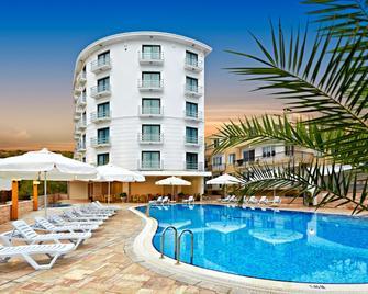 Ayvalik Cinar Hotel - Sarimşakli - Bazén
