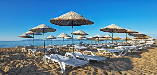 Ayvalik Cinar Hotel - Sarimşakli - Beach