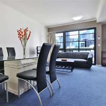 Arrow On Spencer (Harbourview Apartment Hotel) - Melbourne - Dining room