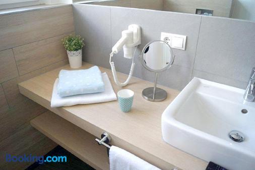 Belle Maison - Das Kleine Hotel - Werbach - Bathroom