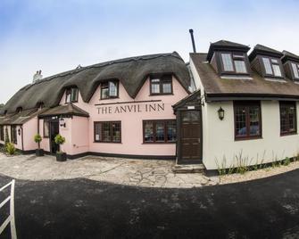 The Anvil Inn - Blandford Forum - Building