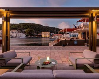 Best Western Hotel du Roy D'Aragon - Боніфачьо - Балкон