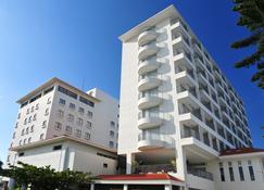Hotel Yugaf Inn Okinawa - Nago - Building