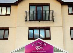 Blanco's Hotel - Port Talbot - Building