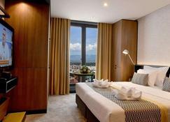 Hotel Panoramika - Skopje - Bedroom