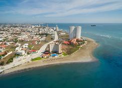Camino Real Veracruz - Boca del Río - Beach