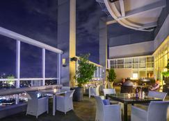 Acacia Hotel Manila - Muntinlupa - Restaurant