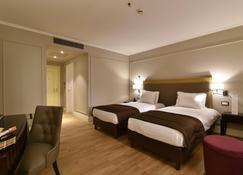 ロイヤル チューリップ グランド ホテル エレバン - エレバン - 寝室