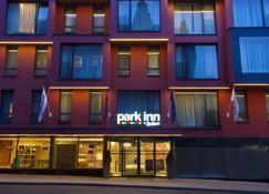 Park Inn by Radisson Residence Riga Barona - Riga - Building